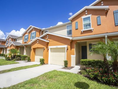 Photo for Beautiful townhome, 4 bedrooms, 3.5 bathrooms, great space, cozy and comfortable home