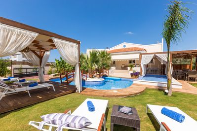 The pool terrace is equipped with sun beds!