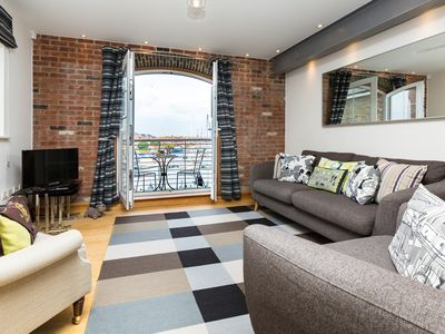 Photo for 2 bedroom Apartment in Eastbourne - EHC02