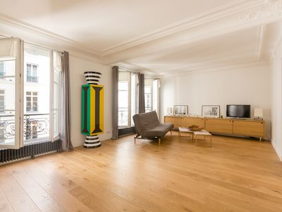 Photo for Superb apartment 200m from the Luxembourg Gardens