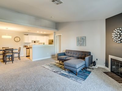 Photo for Cozy 2/2 Condo with Wifi and Washer/Dryer