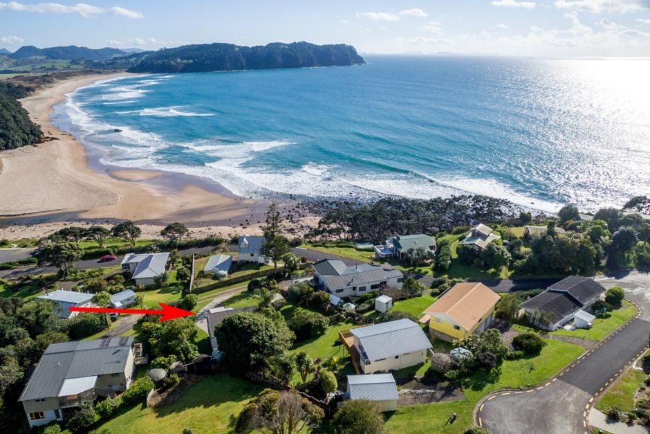 Hot Water Beach: 'Taumata' Holiday Home