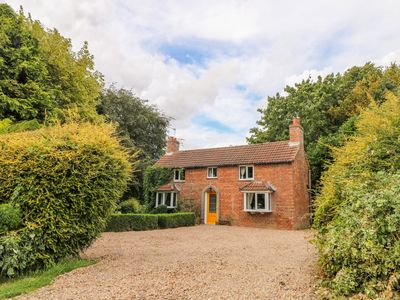 Photo for East Bank Cottage, MARKET RASEN