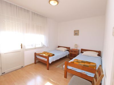 Photo for Holiday apartment Pula for 6 - 8 persons with 3 bedrooms - Holiday apartment