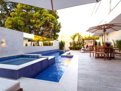 Photo for Luxury house in the condo of Vilas de São Francisco, with pool & chill-out.