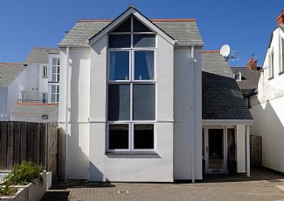 Photo for Castaway Cottage in Trevone With Parking And Very Close To the Sandy Beach.
