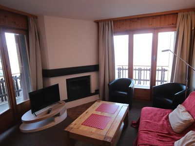 Photo for Comfortable 3*, 3 bedroom-apartment for 8 people located next to the skilift. Bright living room wit