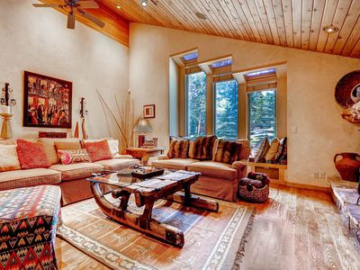 Photo for Rustic Private Home AH5- With Beautiful Vaulted Ceilings, private hot tub, fireplace and parking