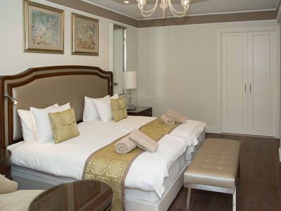 WALDORF ASTORIA - THE PRINCESS SUITE, 2 bdr, 2 baths (C3-2)