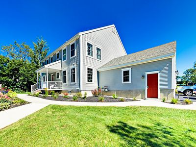 Photo for Brand-New 2BR Townhome - Close to Golf, Beach & Old Orchard Beach Pier