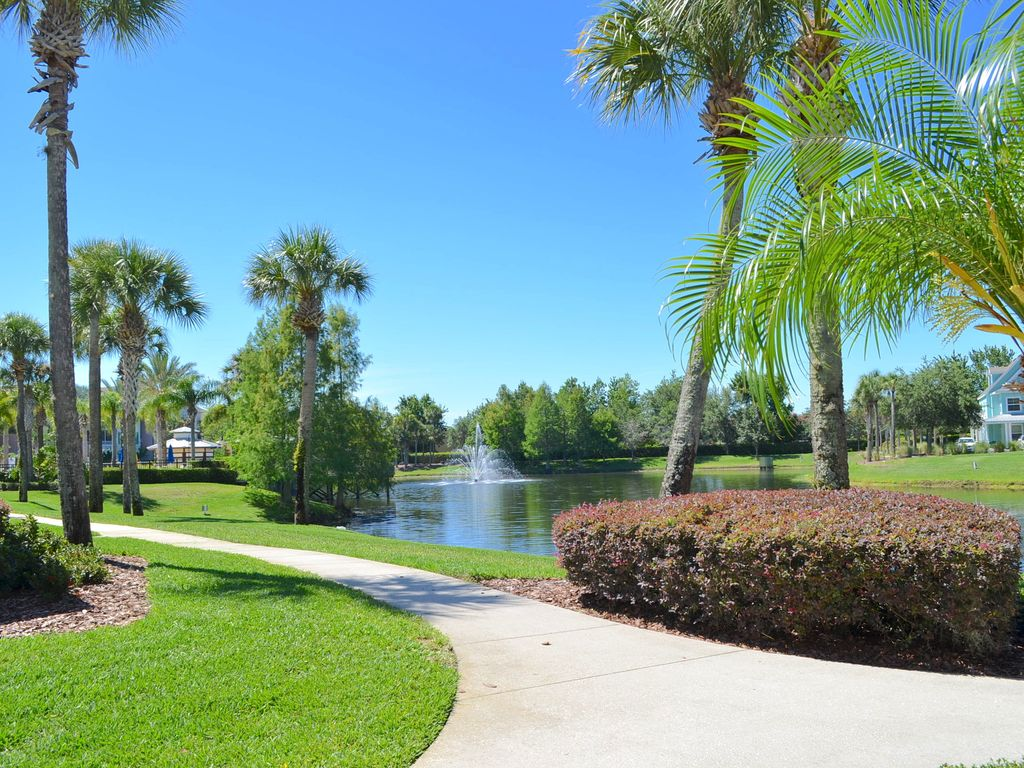Newly Remodeled 3 Bedroom 2 Bath Lake View Villa 12 Min From Disney Orlando Kissimmee Disney