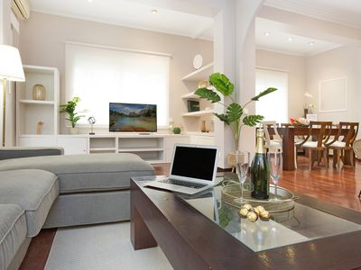 Photo for Premium family flat – close to Barcelona's best shopping district