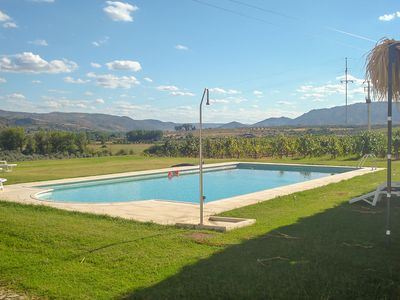 Photo for Holiday home on estate with vineyards, olive groves and swimming pool
