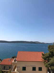 Photo for Spectacular sea view, large and bright apartment 1km from medieval Trogir centre