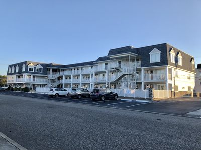 Photo for Gorgeous BEACH BLOCK Avalon/Stone Harbor 1BR Condo with Pool & Ocean View!