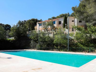 Photo for Boulouris-sur-Mer Apartment, Sleeps 4 with Pool, Air Con and WiFi