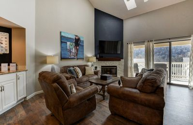 Photo for Newly Renovated, Chic,  Pointe Royale, Indoor Pool, 2 Living Rooms, 2000 Sq Ft