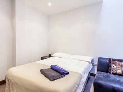 Smallest Bedroom bell street 5 bed.: special offer! a beautiful 4 bedroom property