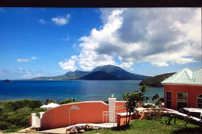 HOME WITH VIEW OF MT. NEVIS