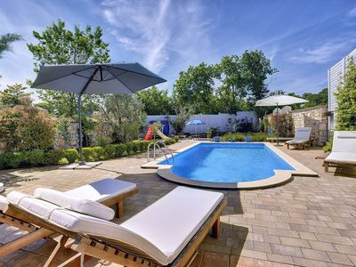 Photo for Cozy stone villa with private pool, 3 bedrooms, 2 bathrooms, air conditioning, wifi, terrace and barbecue