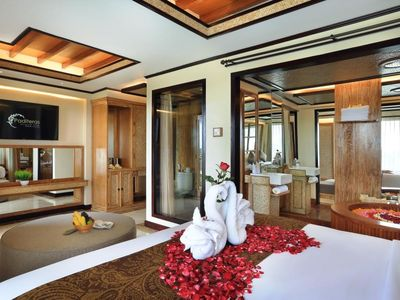 Photo for Paditeras Romantic Luxury Suite in the heart of Seminyak