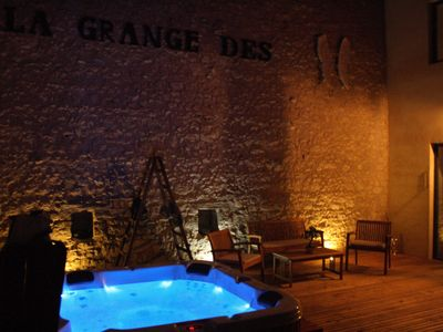 Photo for Charming 4 star stone cottage with private Jacuzzi in Dordogne Périgord pourp