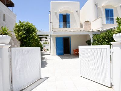 Photo for Apartment Close to the Beach with Air Conditioning & Terrace; Garage Available, Pets Allowed