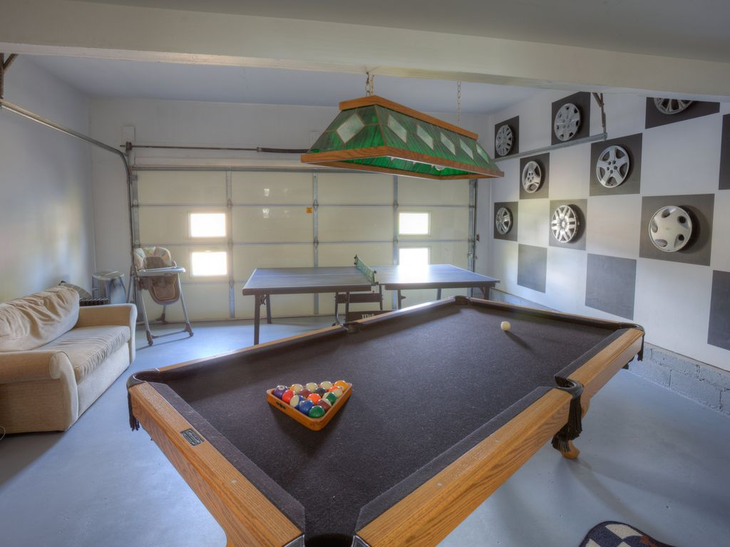 Home Court Resort - Perfect for the Kids and the Kid at Heart!