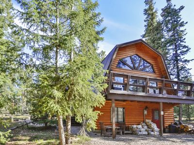 Photo for Pet friendly cabin surrounded by trees which gives you added privacy! Enjoy the cozy fireplace while