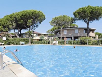 Photo for Holiday resort Villaggio Tivoli, Bibione Spiaggia  in Venetische Adria - 5 persons, 1 bedroom