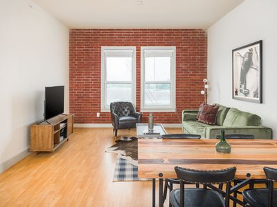 Photo for Sonder | The Galleria | Vibrant 2BR + Pool