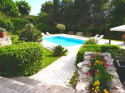 Photo for Villa 300m2 4km from Aix, 4 bedrooms, 3 bathrooms, quiet and countryside Heated pool
