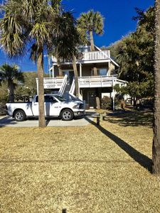 Welcome to Swell Cottage! Awesome Second Row Folly Beach with great ocean views