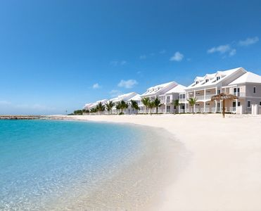 Beachfront | White Sand | Turquoise Water | Pool