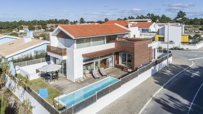 Photo for Villa Compo Deluxe - Luxury 4 Bedroom Villa - Short Drive from Beach of Comporta - Perfect for Famil