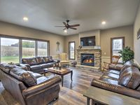 Beautiful new home and very helpful and responsive owner