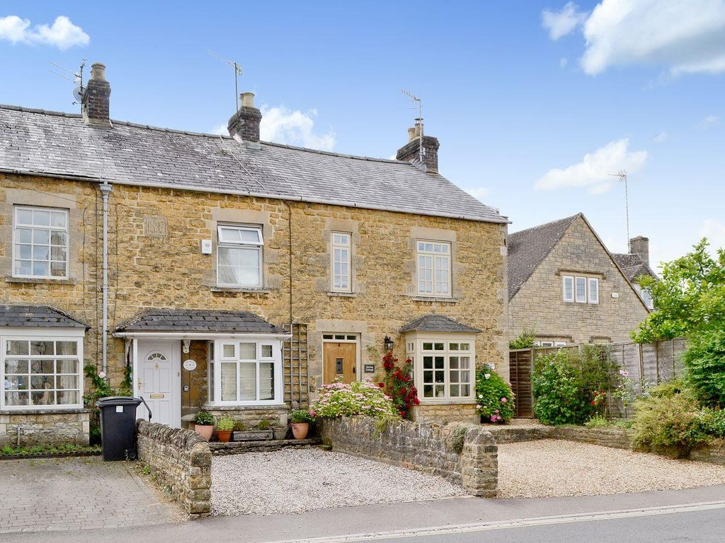 Dolls Cottage 2 Bedroom Property In Bourton On The Water
