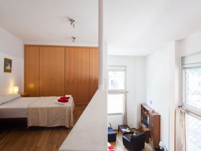 Photo for Apartment in Barcelona with Air conditioning (496426)