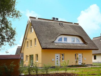 Photo for Semi-detached house Sprotte, Vieregge  in Rügen - 6 persons, 2 bedrooms