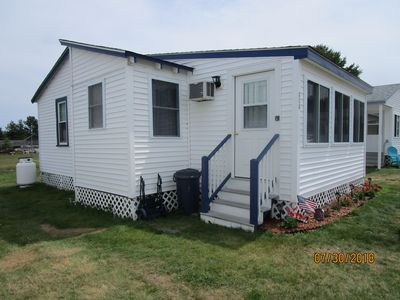 Photo for Cottage near ocean, pet friendly!