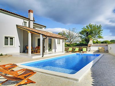 Photo for Vacation home Tranquilla in Pula/Duga uvala - 8 persons, 3 bedrooms