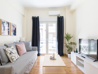 Photo for Cosy and Spacious 1BD Apartment - Koukaki