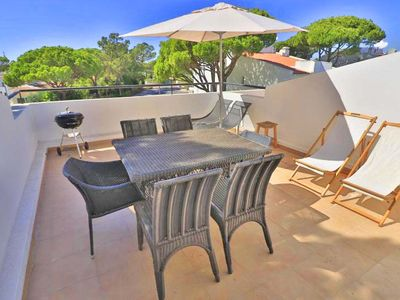 Photo for Smart three bedroom townhouse close to the tennis centre in Vale do Lobo C590