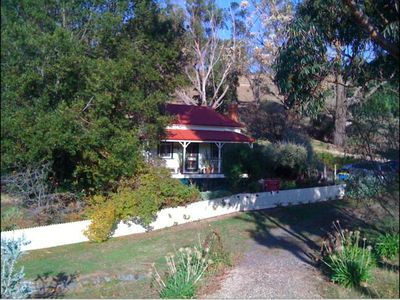 Photo for Sinnamon's Cottage Maldon Victoria