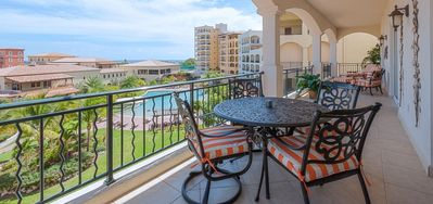 Condo Figueira  -  Ocean View - Located in  Fabulous Porto Cupecoy with House Cleaning Included