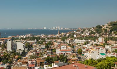 Incredible Views of the ocean and Vallarta
