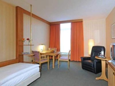 Photo for Single Room - Country Park Hotel Leipzig / Brehna