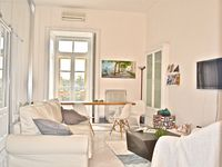 Light, spacious, warm and central with a great host