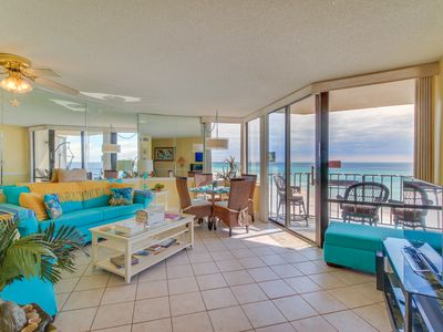 Photo for Oceanfront condo w/ 3 shared pools & private beach - walk to dining and sights!