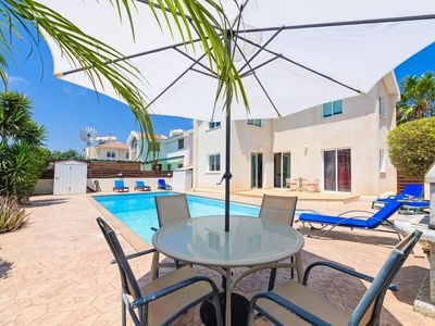 Photo for MANVIL17 Sleeps 6 Villa and Pool